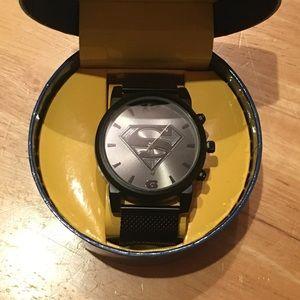 DC COMICS Men's Superman Logo Watch